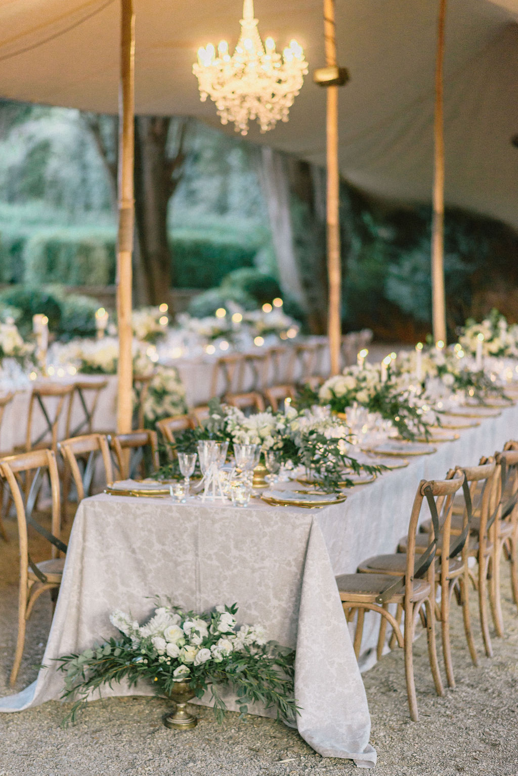 Luxury italy wedding planner Vignamaggio Wedding Dinner setting